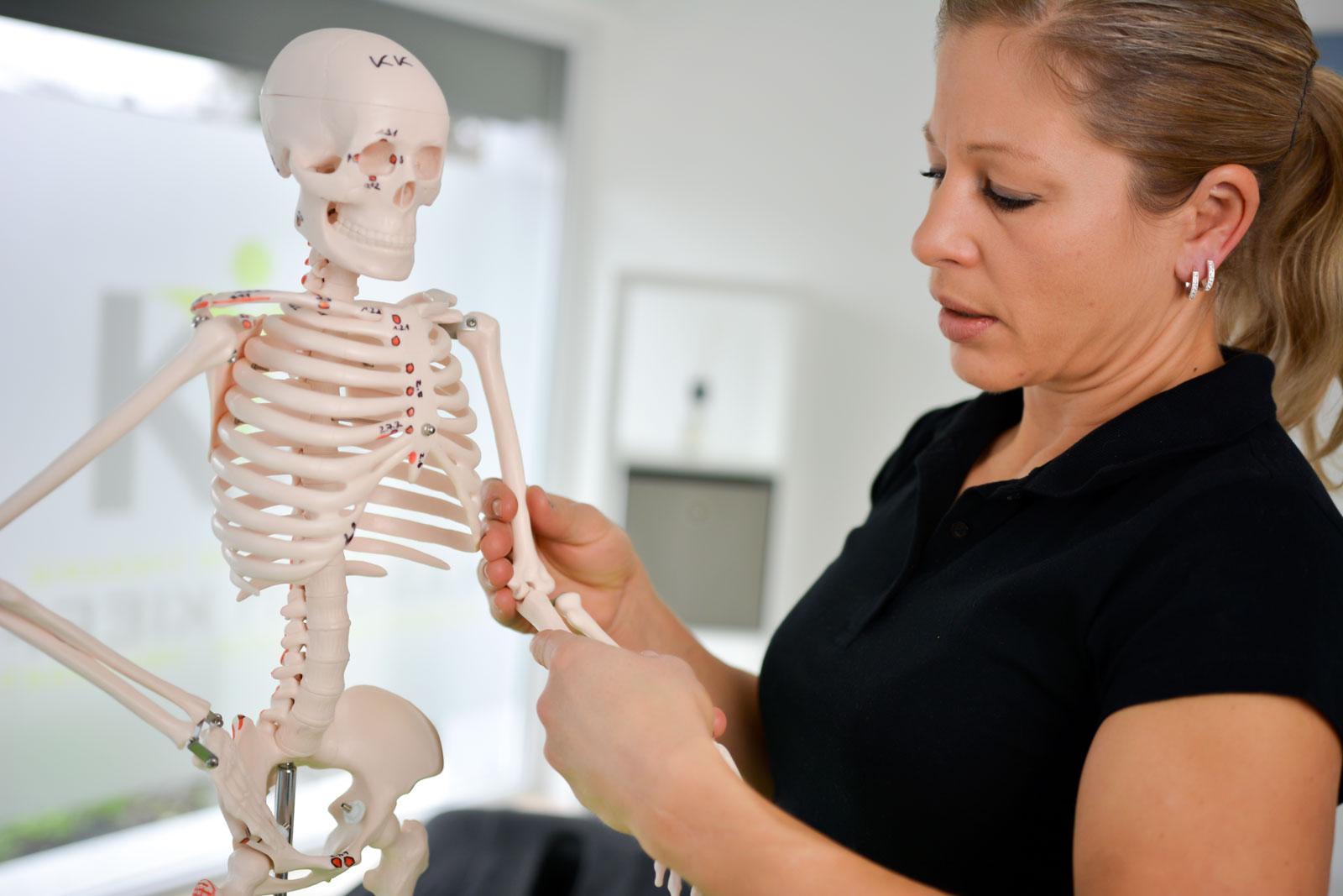 Physiotherapie Schmerztherapie am Handgelenk